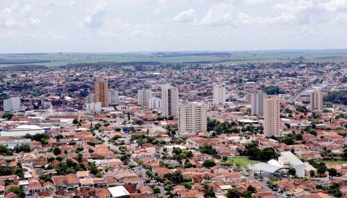 Prefeitura de Lins dá ordem de serviço para pavimentação asfáltica no Jardim das Paineiras e recape no Jardim Pinheiro